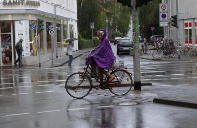 cycle under the rain