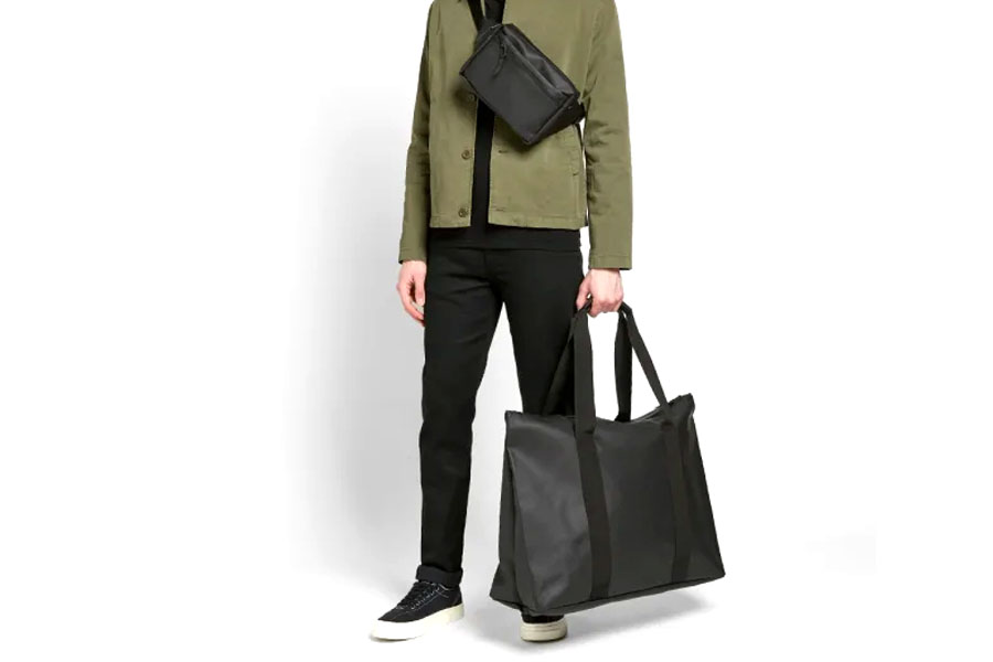 Rains Weekend Tote Black 1